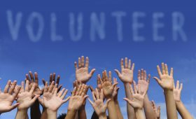 How to Get Company Leaders Participate in Employee Volunteer and Giving Programs